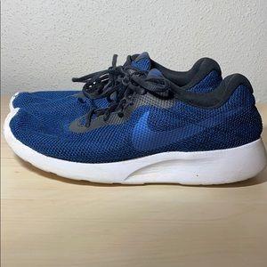 Nike Tanjun SE Men's shoes size 10.5